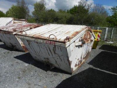ANDERE  Absetzcontainer Stahl, Deckel, Fassungsvermögen ca. 5,0 m³. Baujahr und weitere Daten n.b., da kein Typenschild vorhanden.