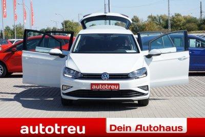 VW Golf Sportsvan Climatronic Tempomat Sitzheizung Farbdisplay