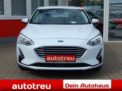 Ford Focus 5tür NEUES MODELL LED Winterpak SOFORT!