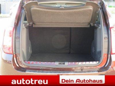 Dacia Duster SUV Klima Navigation Alu Lederpak Euro6