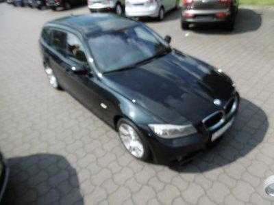 BMW 320 d xDrive Touring M-Paket Pano Leder  Xen Nav