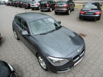 BMW 118 i Aut. Sport Line Leder Sitzheizung PDC B/T