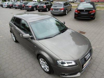 Audi A3 2.0 TDI Sportback S-Line Aut Xenon Navi AHK