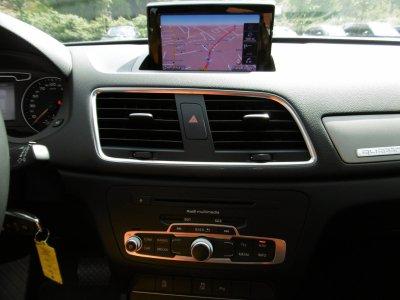 Audi Q3 2.0 TDI Quattro Aut. Navi Panorama Leder AHK
