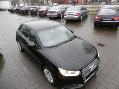 Audi A1 1.0 TFSI Ultra Sportback Audi Smart Interface