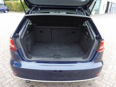 Audi A3 Sportback*SPORT* 1.6 TDI/PDC/NAVI/SHZ/XEN