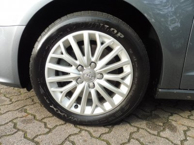 Audi A3 SPORTBACK AMBIENTE 2.0TDI STRONIC QUATTRO+AHK