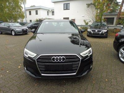 Audi A3 Sportback*SPORT*35 TFSI*S-TRONIC/SHZ/XENON